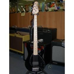 StingRay basso 5 corde Music Man
