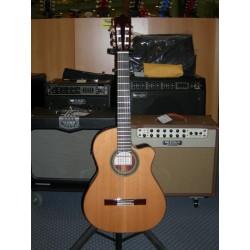 2NCWEF chitarra classica elettrificata Ramirez