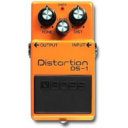 DS-1 distorsore Boss