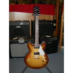 ES-335 Dot chitarra semiacustica Gibson