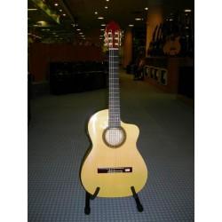 MOD.131-CE chitarra spagnola artigianale elettrificata J.Montes Rodriguez