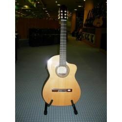 MOD.142-CE chitarra spagnola artigianale elettrificata J.Montes Rodriguez