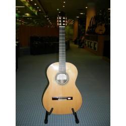 MOD.150-N.I. chitarra artigianale Juan Noguero Ibanez