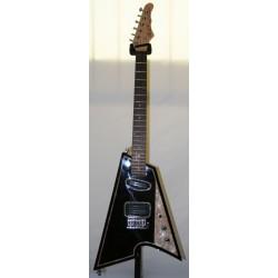 Shark Black chitarra elettrica Raj