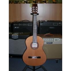 R1 chitarra classica Ramirez