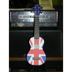 Ukulele soprano con borsa bandiera inglese