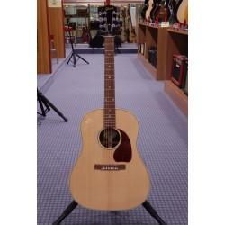 J-15 chitarra acustica elettrificata Gibson