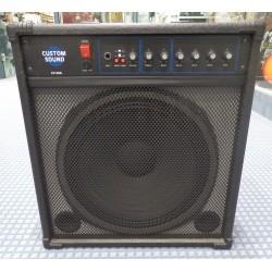 CS100B combo per basso usato Custom Sound
