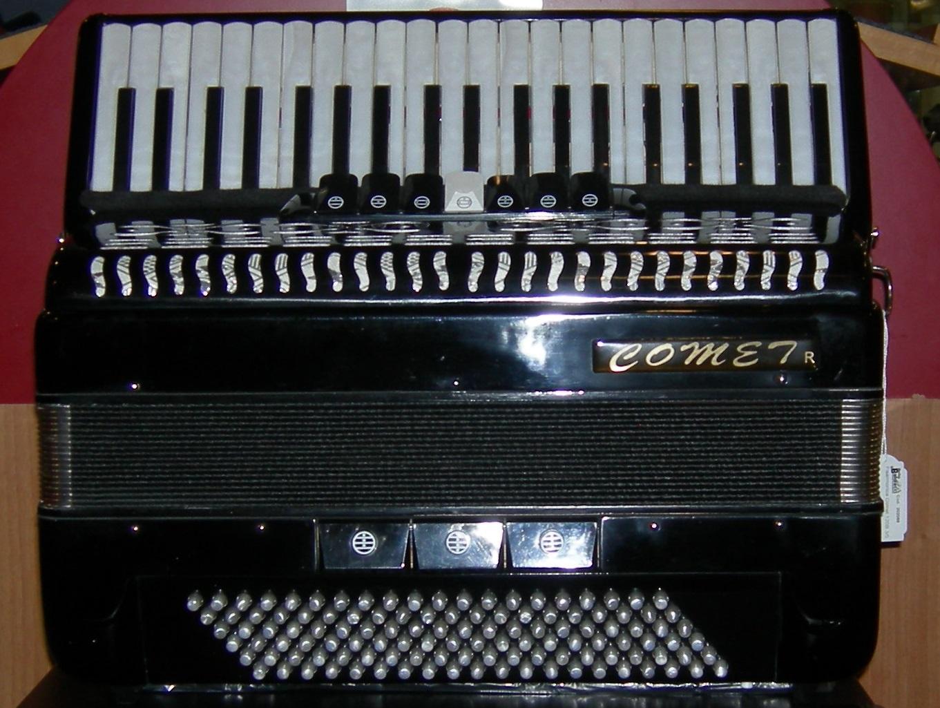Fisarmonica 120 bassi comet strumenti musicali marino baldacci