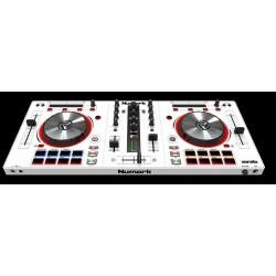 MixTrack Pro III white MIDI controller USB Numark