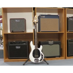 Ray4-WH white basso elettrico Sterling by Music Man