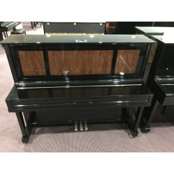 Hausmann AC-125B pianoforte verticale nero lucido