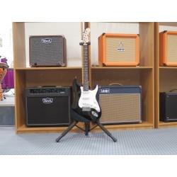 MLR chitarra elettrica nera Mi.Lor