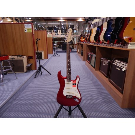 Fender American Pro Stratocaster Rosewood Fingerboard Candy Apple Red