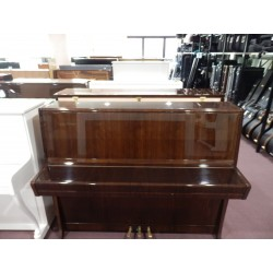 Pianoforte verticale 115 noce usato Petrof