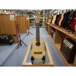 Yamaha GL1 chitarra guitalele