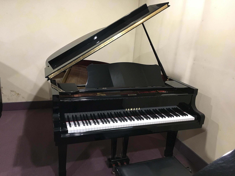 Yamaha c3 pianoforte a coda usato nero strumenti musicali marino