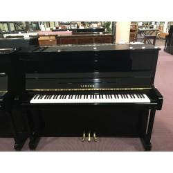 Yamaha Pianoforte verticale B3 usato