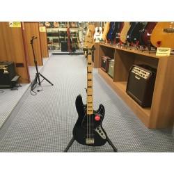 Fender Classic Vibe '70s Jazz Bass Maple Fingerboard Black