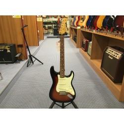 Fender Vintera '60s Stratocaster 3-Color Sunburst