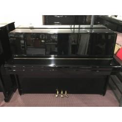 Yamaha Pianoforte 108 nero usato