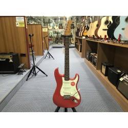 Fender FSR Classic Vibe '60s Stratocaster Mint Pickguard Fiesta Red