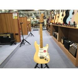 Fender FSR Classic Vibe '70s Stratocaster Vintage White
